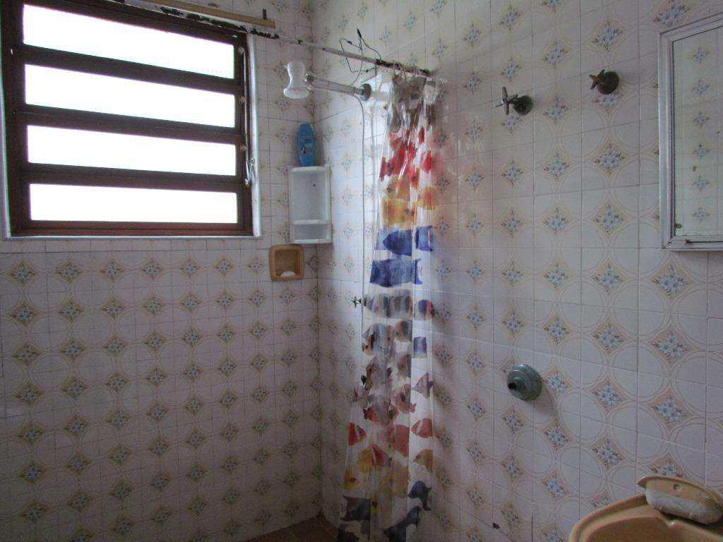 07-Casa geminada no Canto do Forte em Praia Grande