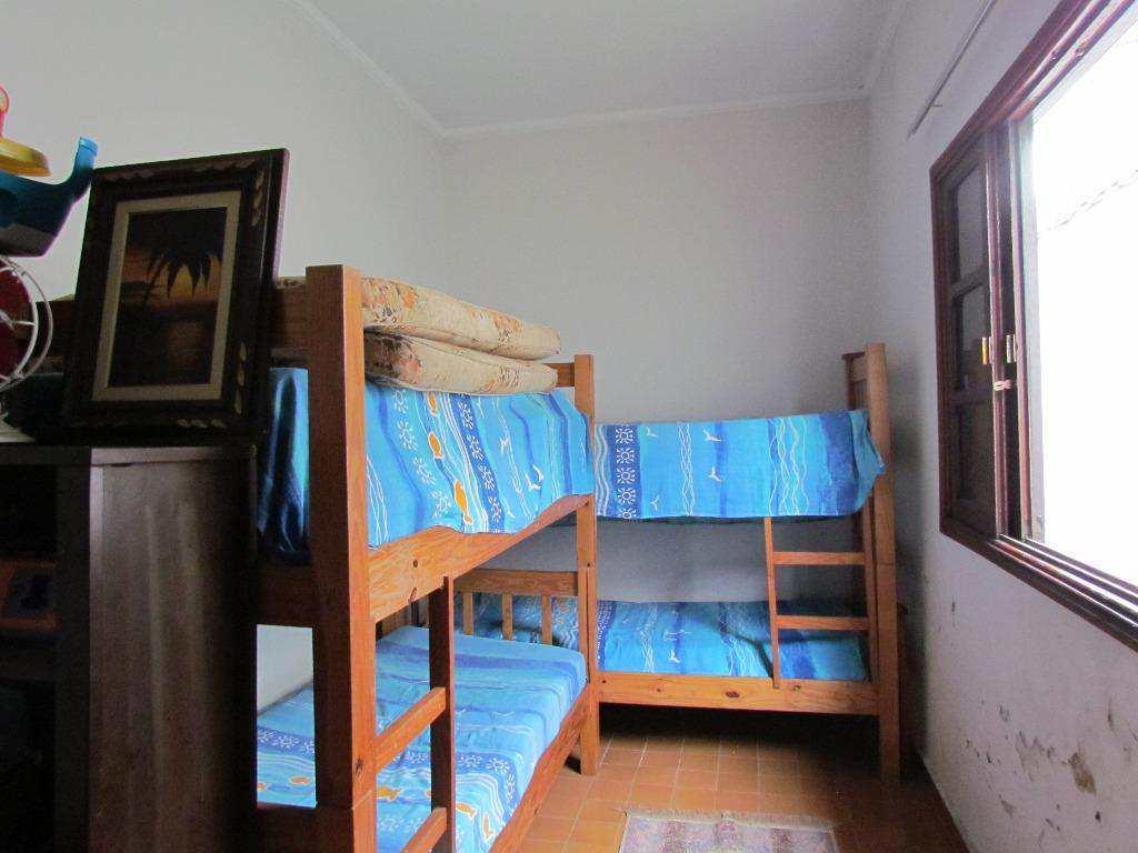 10-Casa geminada no Canto do Forte em Praia Grande