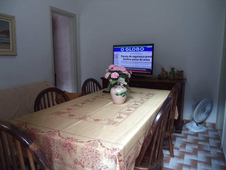 05-Casa 2 dorm no Boqueirao em Praia Grande