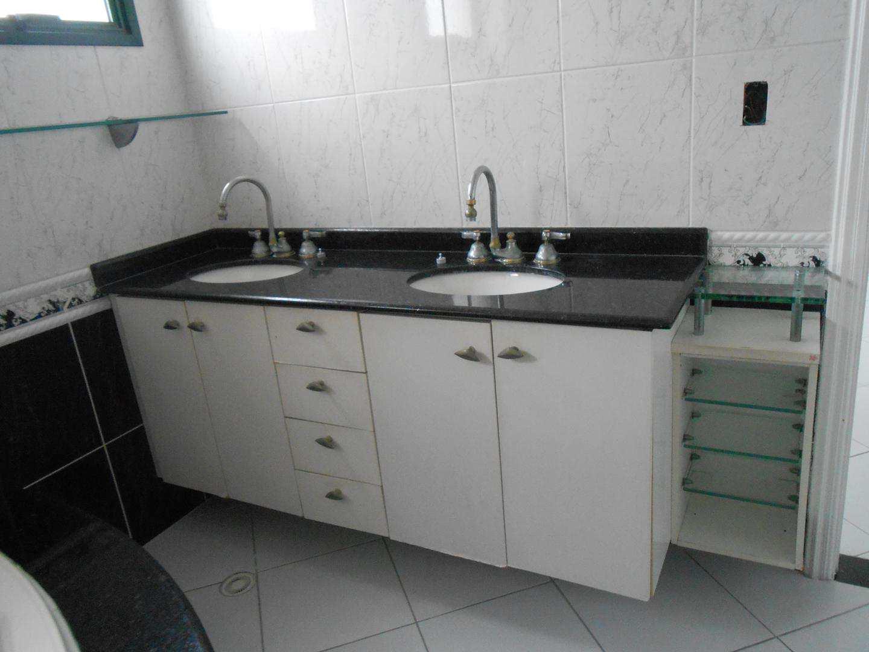 26-Cobertura- 03 dormitórios- Forte- Praia Grande