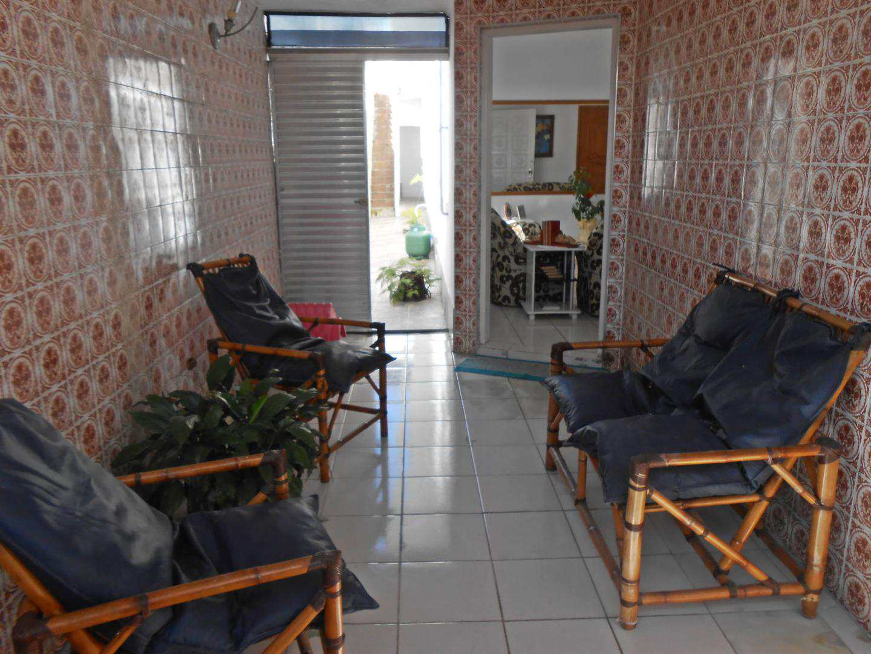 22-Casa- 2 dormitórios- Ocian- Praia Grande