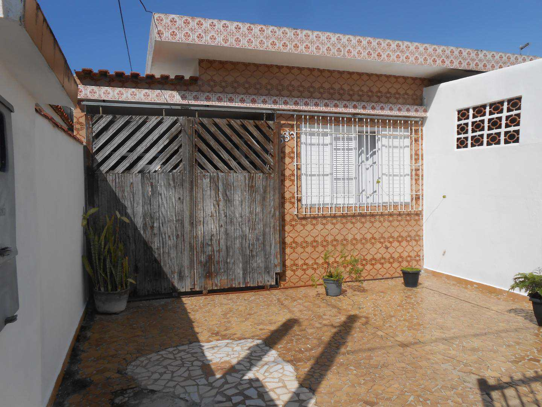 24-Casa- 2 dormitórios- Ocian- Praia Grande