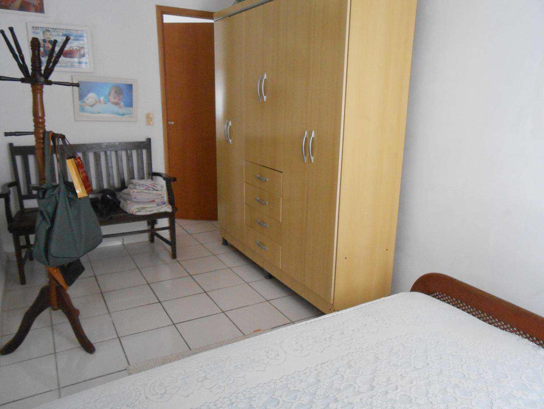 11-Casa- 2 dormitórios- Ocian- Praia Grande