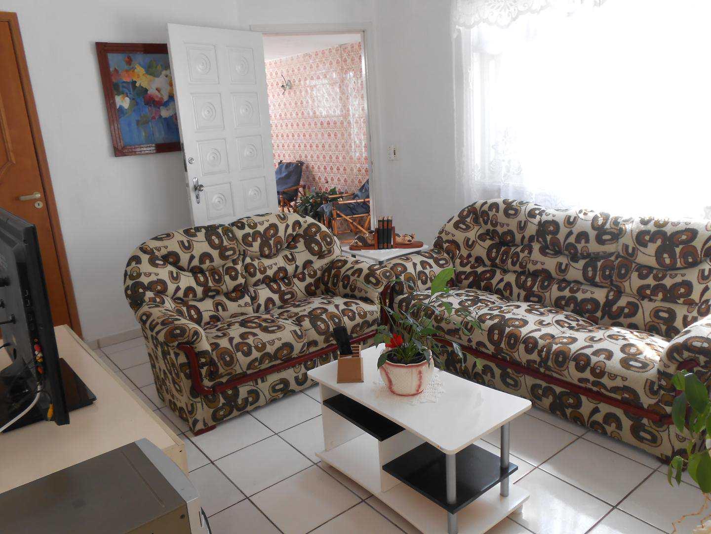 02-Casa- 2 dormitórios- Ocian- Praia Grande