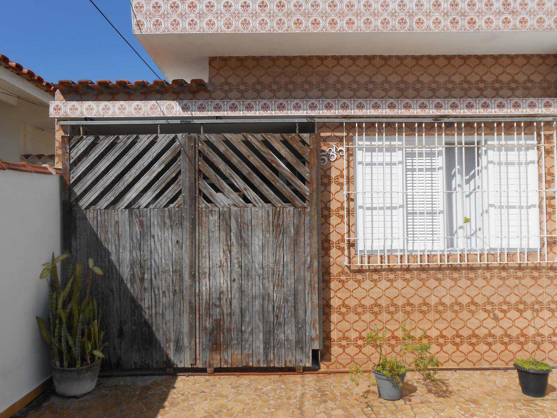 23-Casa- 2 dormitórios- Ocian- Praia Grande