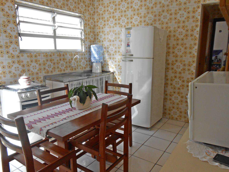 03-Casa- 2 dormitórios- Ocian- Praia Grande