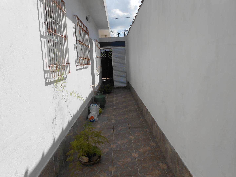 20-Casa- 2 dormitórios- Ocian- Praia Grande