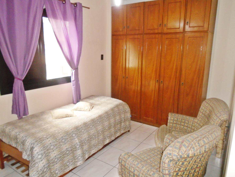 16 - Apartamento - 03 dormitórios - Tupi