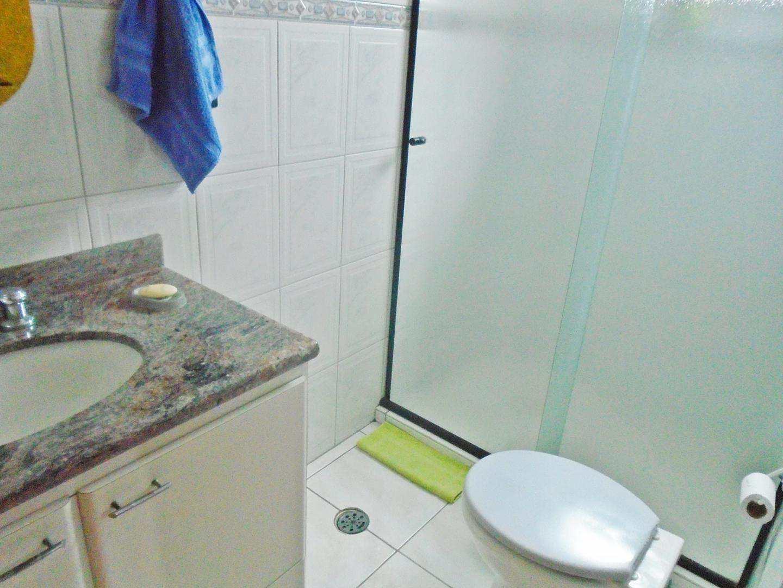 17 - Apartamento - 03 dormitórios - Tupi