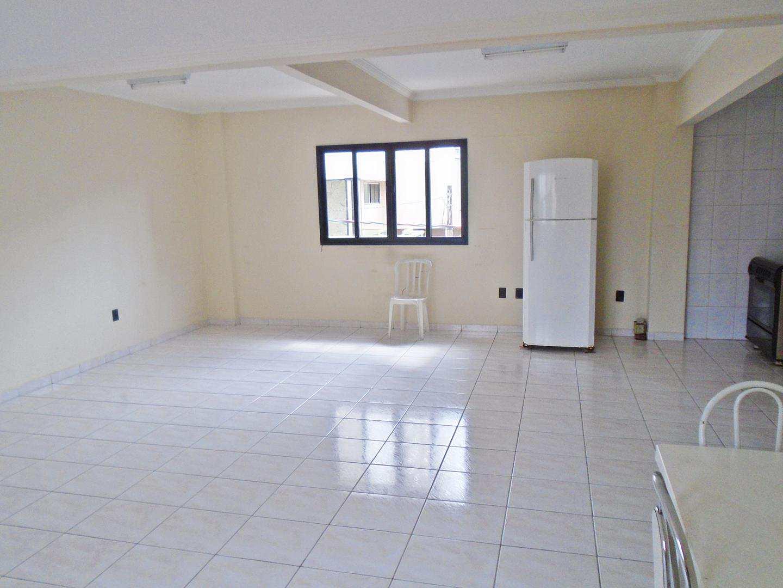 24 - Apartamento - 03 dormitórios - Tupi