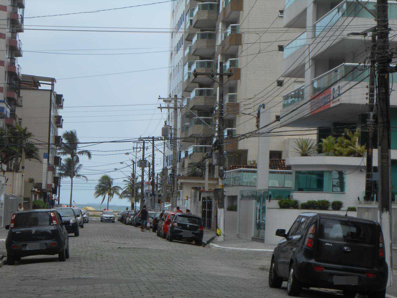 66-Cobertura- 03 dormitórios- Ocian- Praia Grande