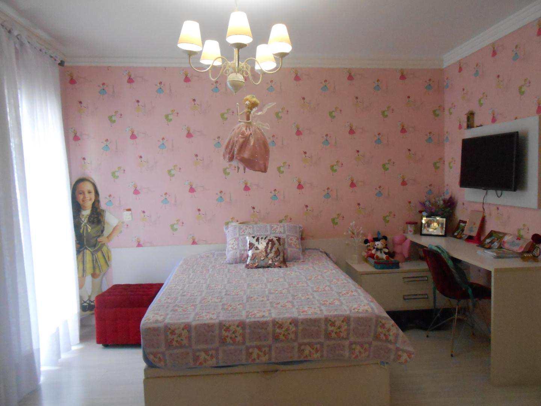 23-Cobertura- 03 dormitórios- Ocian- Praia Grande