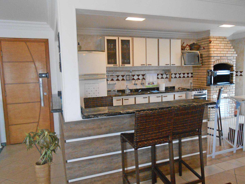 48-Cobertura- 03 dormitórios- Ocian- Praia Grande