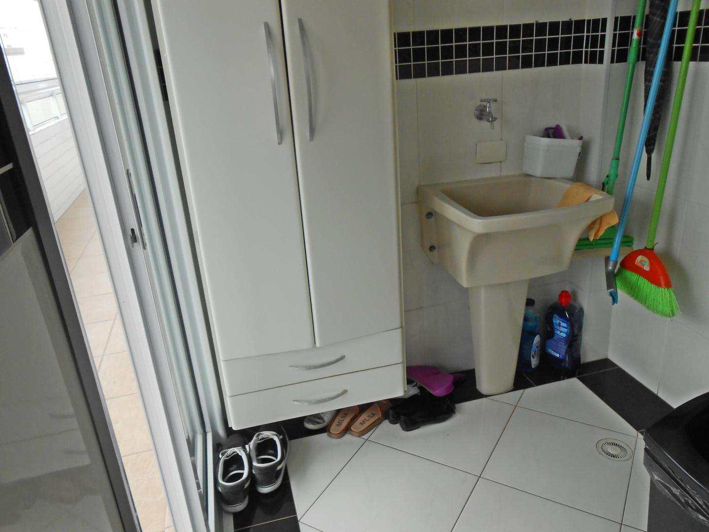 18-Cobertura- 03 dormitórios- Ocian- Praia Grande