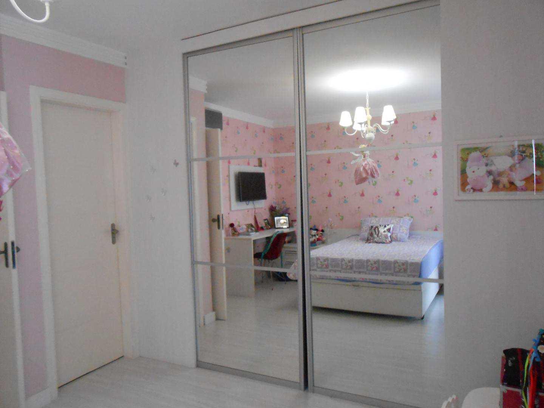 26-Cobertura- 03 dormitórios- Ocian- Praia Grande