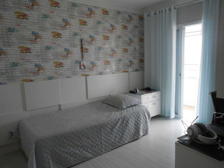 29-Cobertura- 03 dormitórios- Ocian- Praia Grande