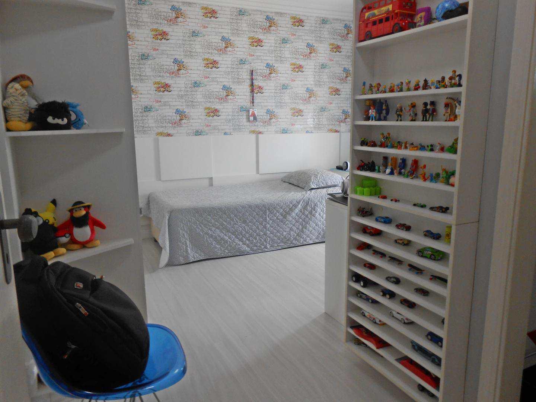 28-Cobertura- 03 dormitórios- Ocian- Praia Grande