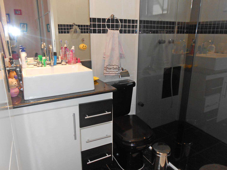 27-Cobertura- 03 dormitórios- Ocian- Praia Grande
