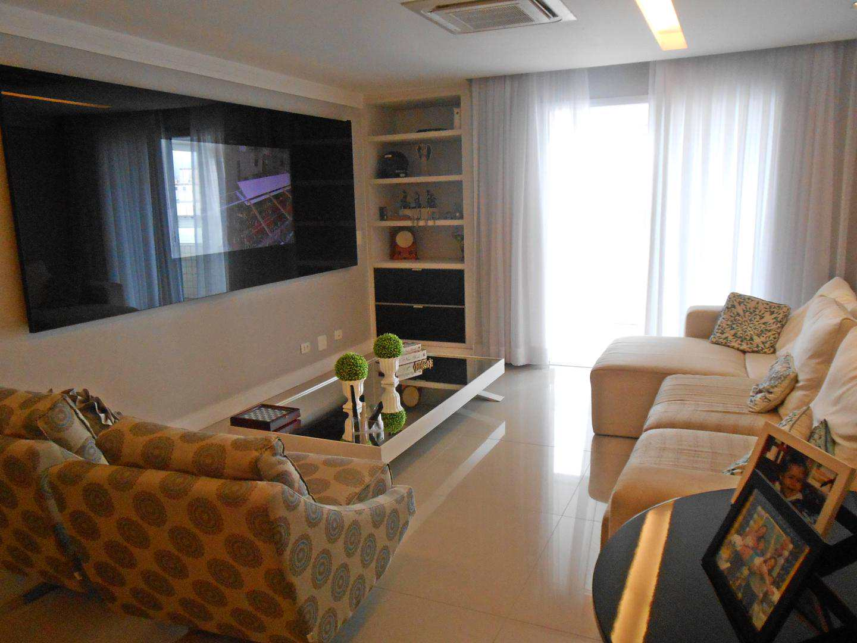 09-Cobertura- 03 dormitórios- Ocian- Praia Grande