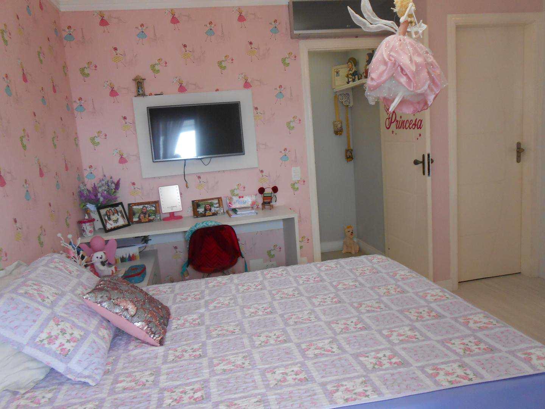 24-Cobertura- 03 dormitórios- Ocian- Praia Grande