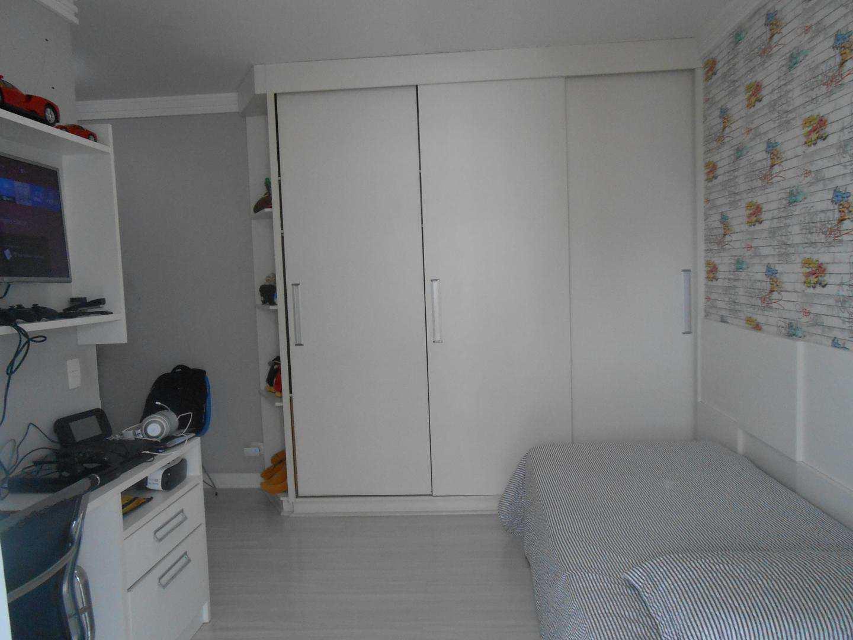 31-Cobertura- 03 dormitórios- Ocian- Praia Grande