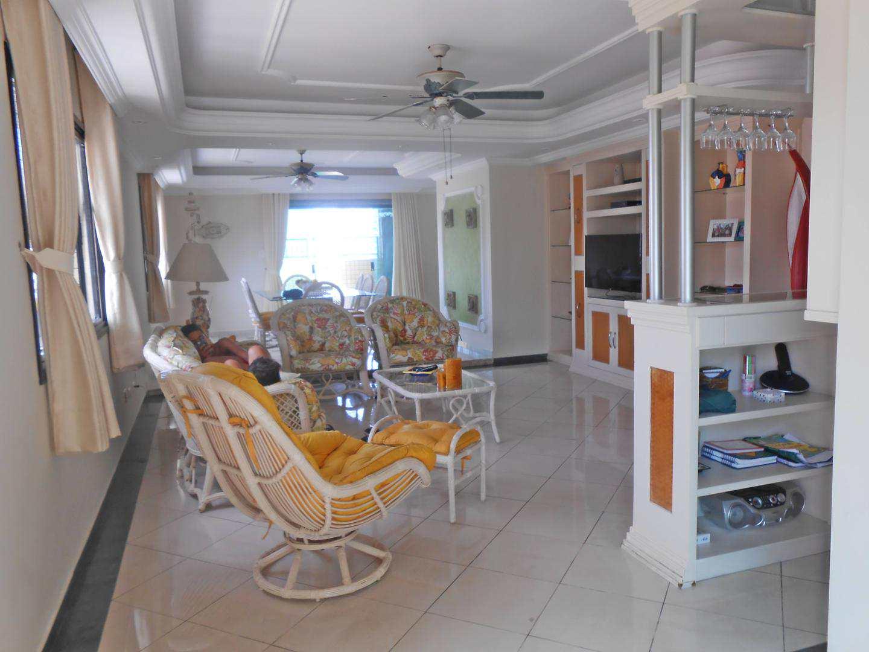01- Cobertura- 04 dormitórios- Aviação- Praia Grande