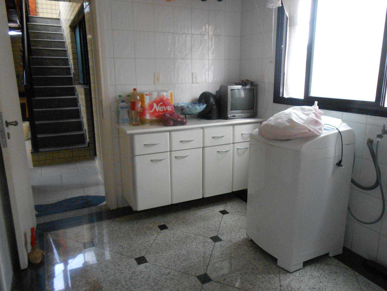15-Cobertura- 04 dormitórios- Aviação- Praia Grande