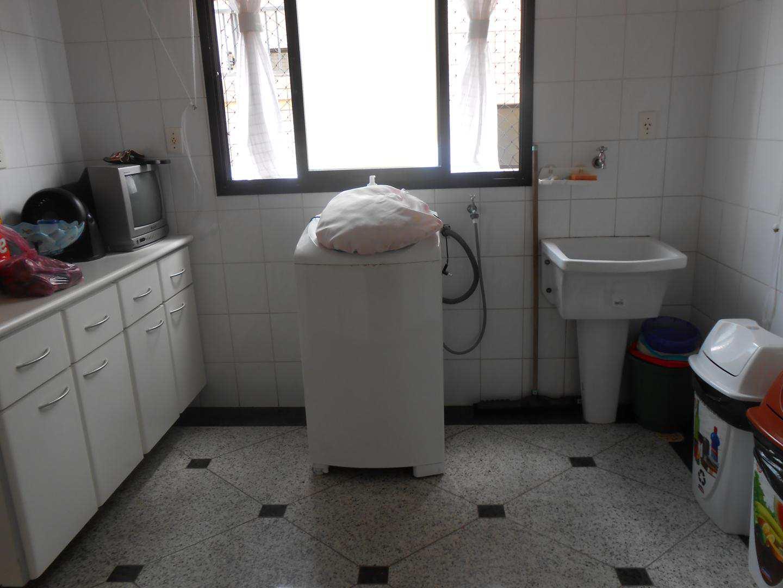 16-Cobertura- 04 dormitórios- Aviação- Praia Grande
