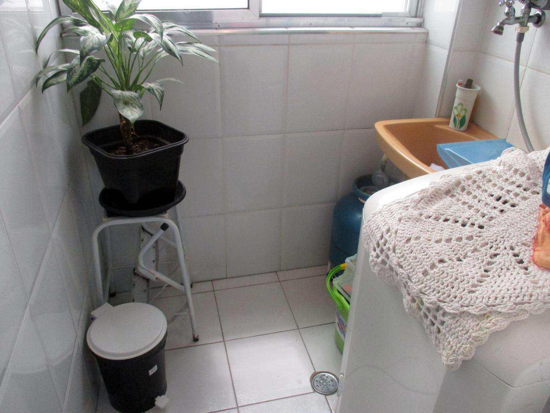 06-Apartamento 1 dorm no Forte em Praia Grande