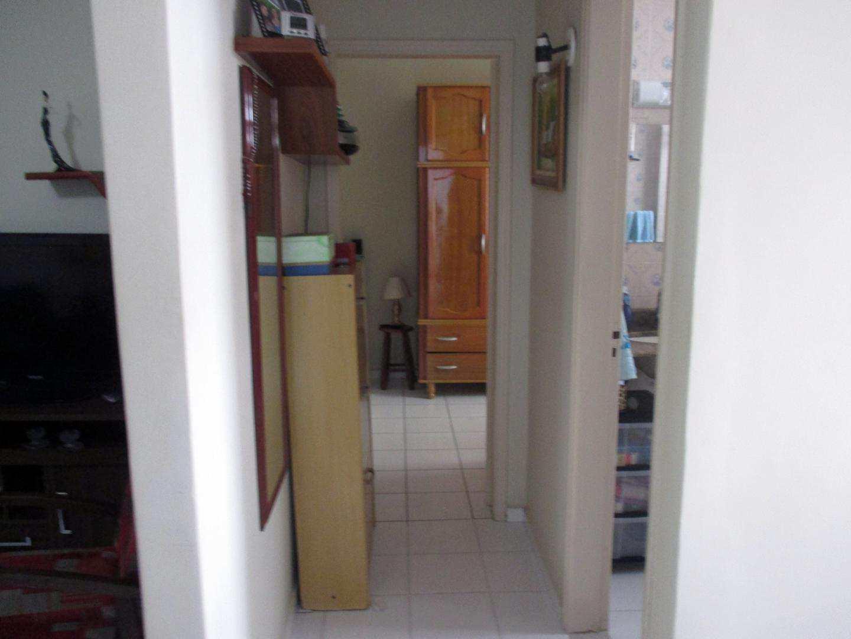 07-Apartamento 1 dorm no Forte em Praia Grande