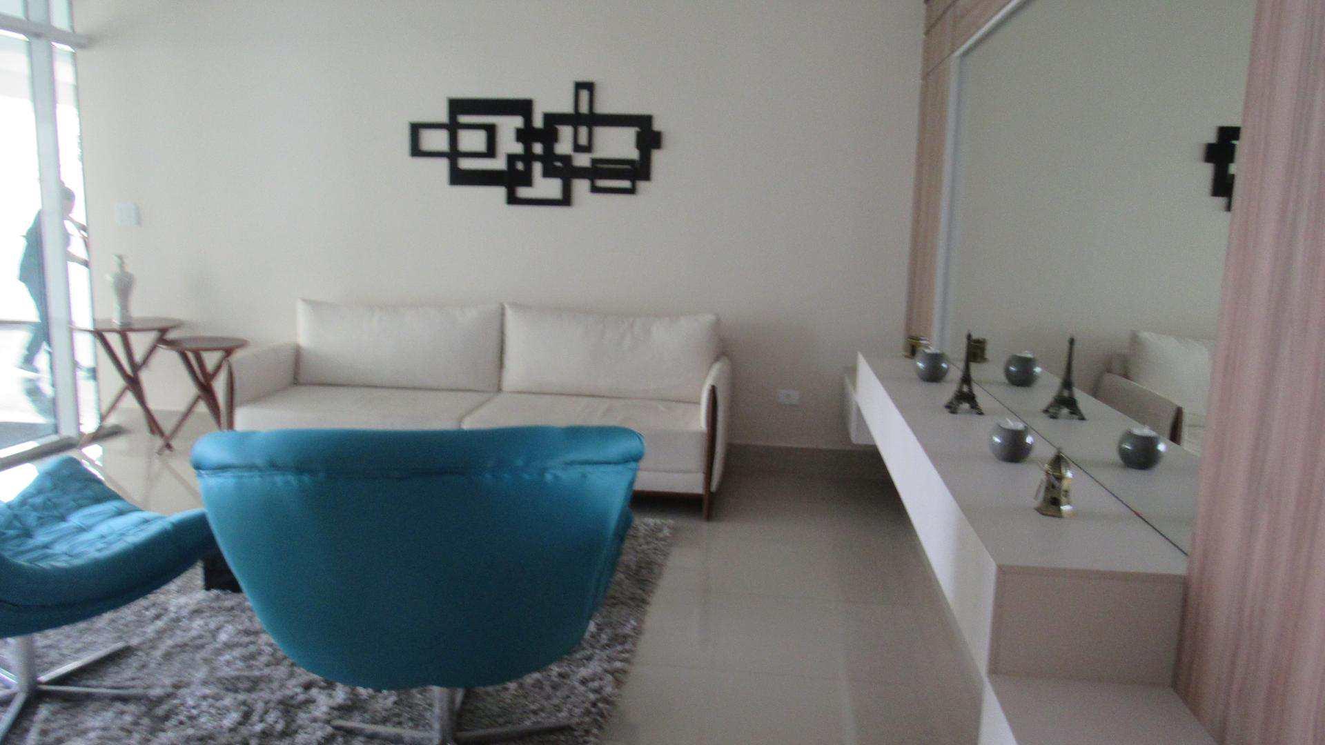 25-Apartamento 2 dorms no Canto do Forte em Praia Grande