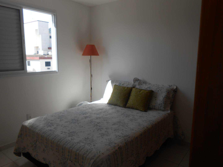 13- apartamento de 2 dorms no Forte