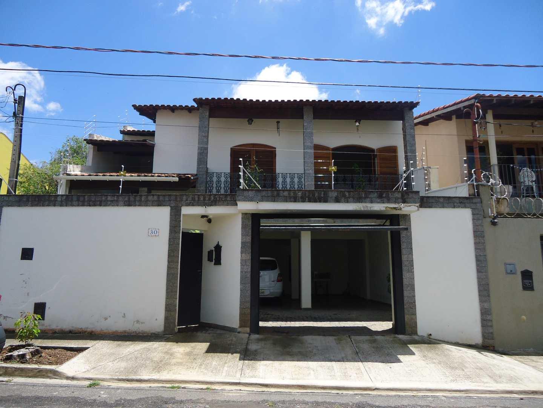 Casa com 2 dorms, Brasil, Itu - R$ 750 mil, Cod: 2021