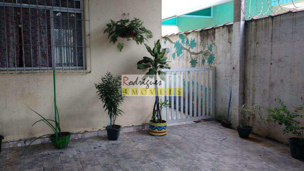 Casa com 4 dorms, Jardim Paraíso, São Vicente - R$ 600 mil, Cod: 3117