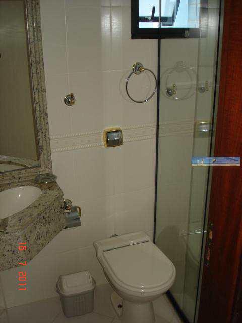 Banheiro 3 ( conjugado quarto 3 )