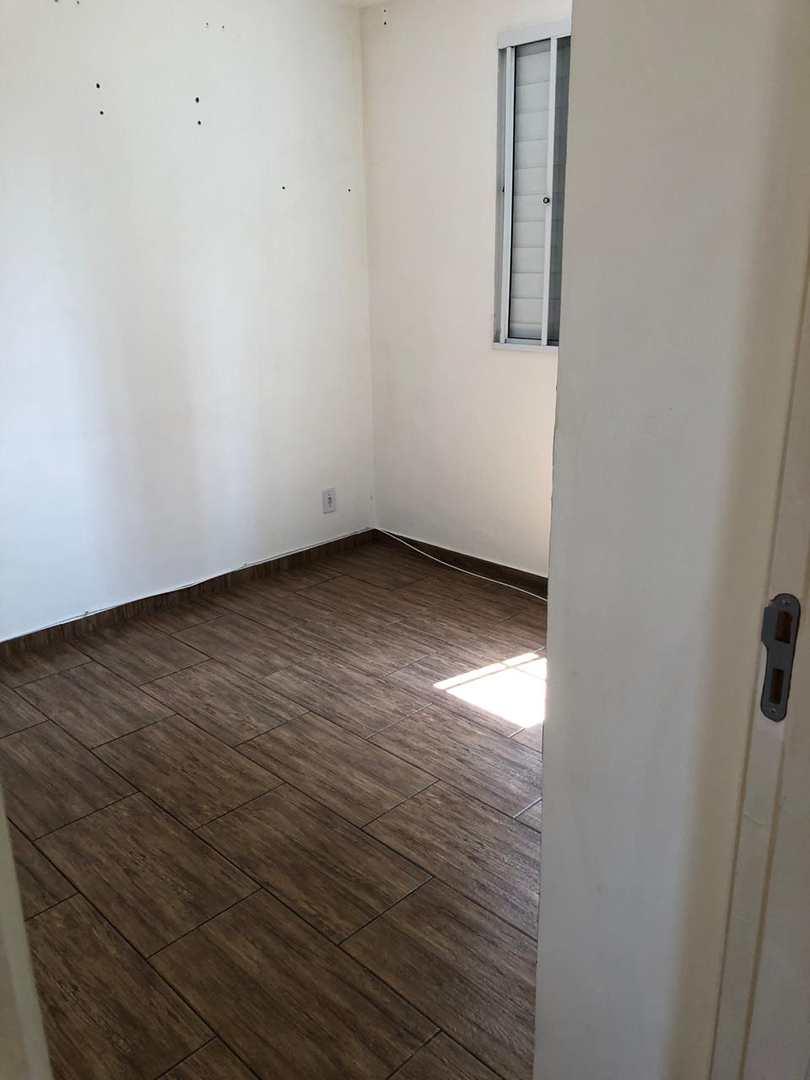 Apartamento com 2 dorms, Jardim Nathalie, Mogi das Cruzes - R$ 170 mil, Cod: 1375