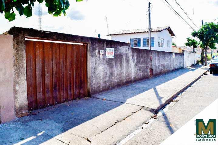 Casa com 3 dorms - Jardim Bela Vista - Monte Mor