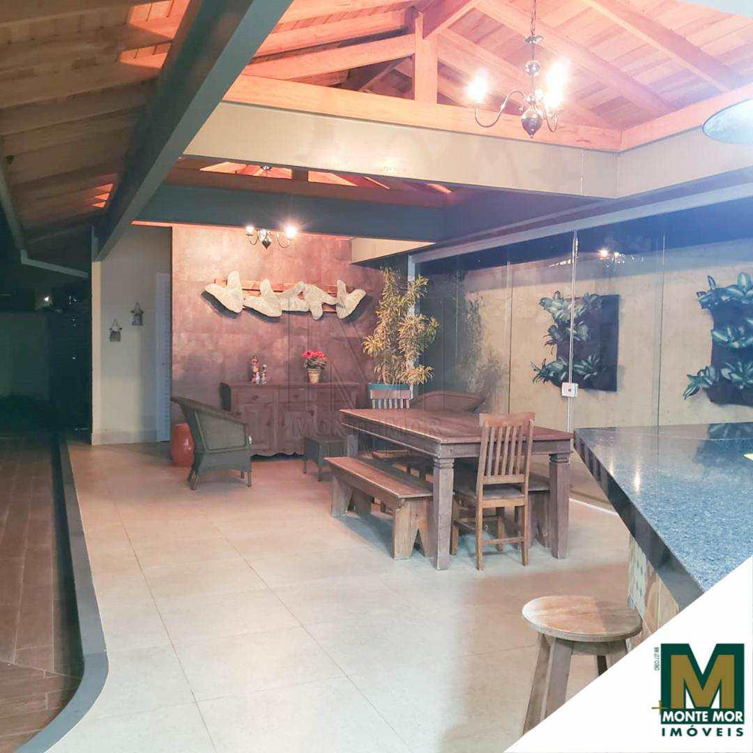 Belíssima Casa com 3 Suítes - Helvetia Park - Indaiatuba - SP