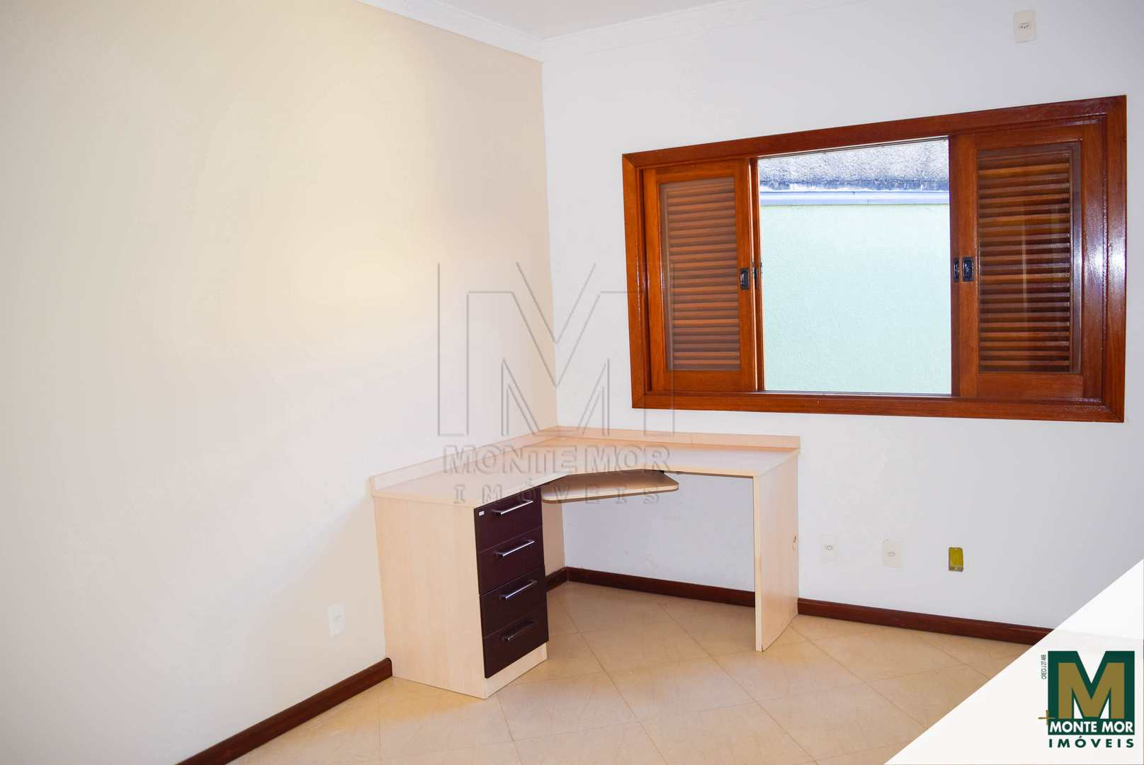 Casa com 03 dorm - Jardim Vista Alegre - Monte Mor