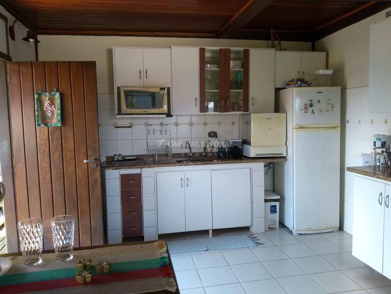 Casa com 3 dorms, Bexiga, Ilhabela - R$ 880 mil, Cod: 1793