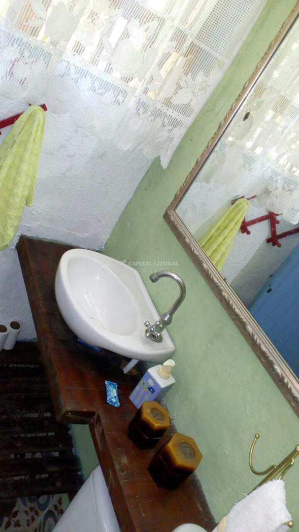 Pousada  7 Quartos - R$ 1.25 mi, Perequê - Ilhabela - Cod: 1826