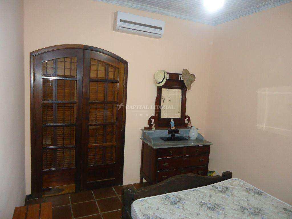 Casa com 3 dorms, Itaguassu, Ilhabela - R$ 900 mil, Cod: 1861