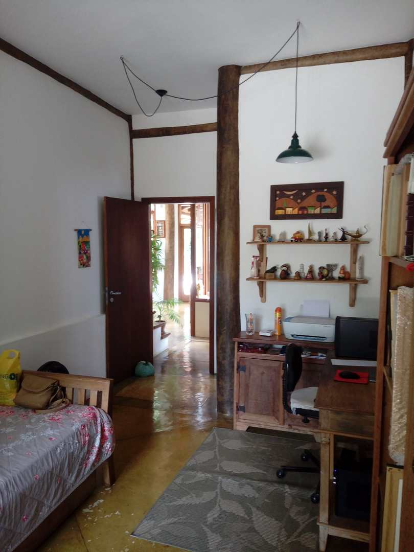 Maravilhosa Casa 3 suítes - Cocaia,  R$ 890 mil, Cod: 1962