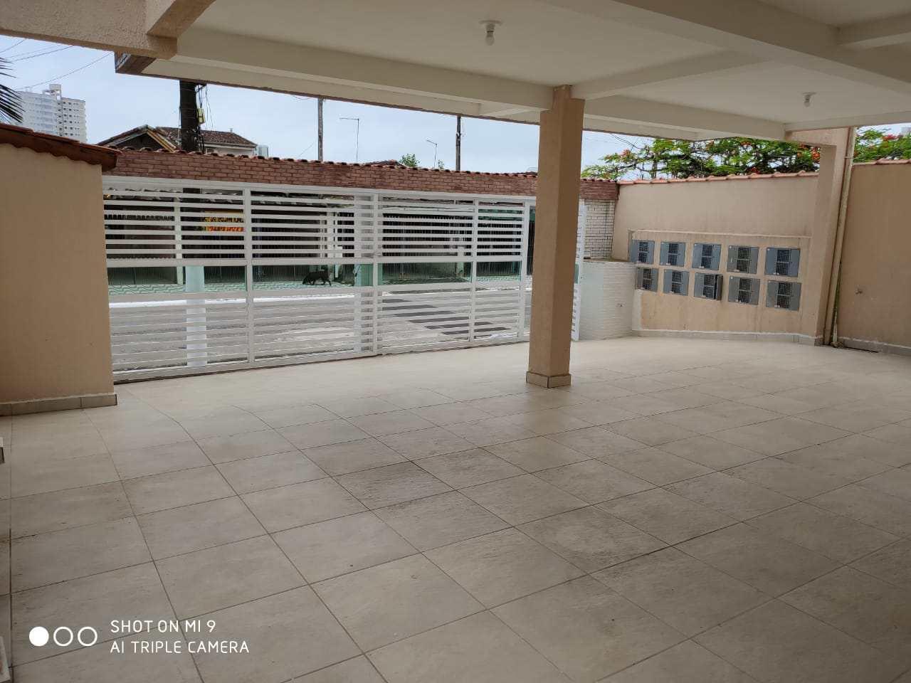 Sobrado com 2 dorms, Real, Praia Grande - R$ 170 mil, Cod: 24796