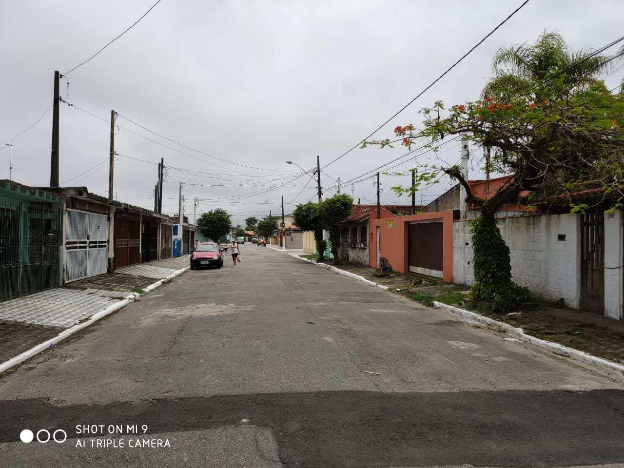 Sobrado com 2 dorms, Real, Praia Grande - R$ 170 mil, Cod: 24798