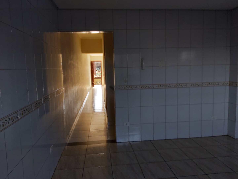 Sobrado com 3 dorms, Caiçara, Praia Grande - R$ 330 mil, Cod: 24811