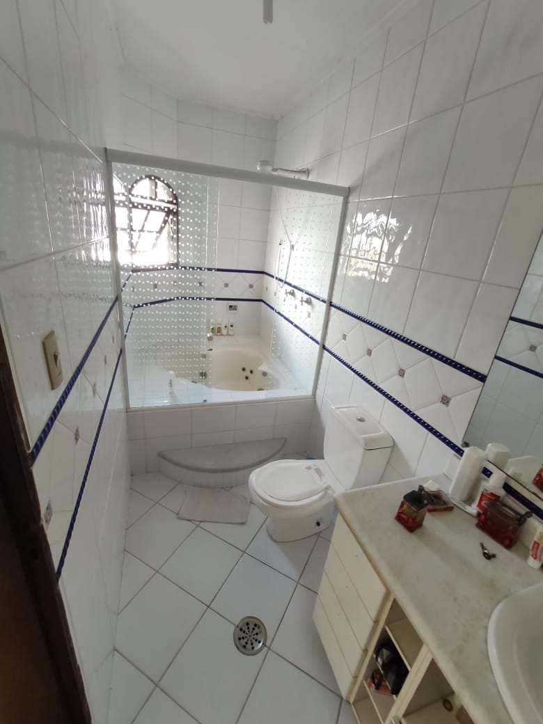 Sobrado com 3 dorms, Vila Ponte Nova, Cubatão - R$ 450 mil, Cod: 24812