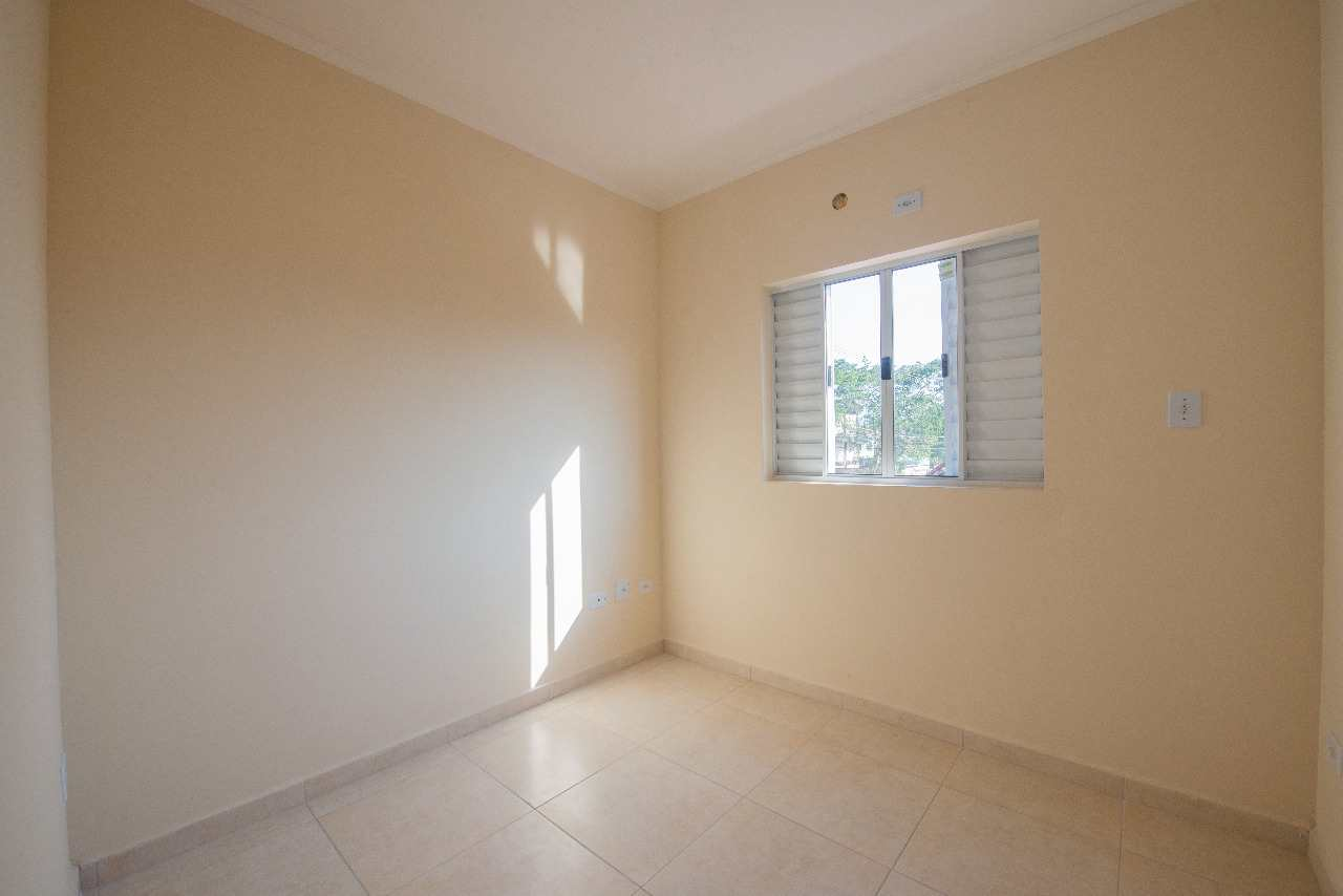 Apartamento com 1 dorm, Vila Santa Rosa, Cubatão - R$ 170 mil, Cod: 24846