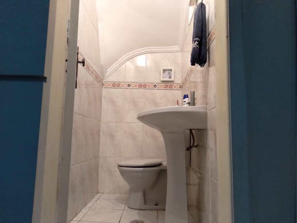 Casa com 2 dorms, Vila Ponte Nova, Cubatão - R$ 310 mil, Cod: 24986