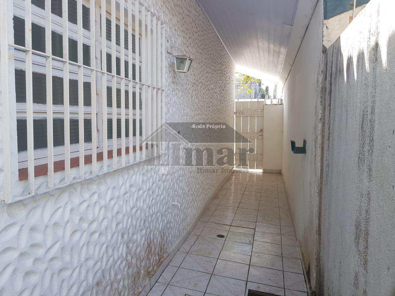 Casa com 3 dorms, Jardim Virgínia, Guarujá - R$ 500.000,00, 180m² - Codigo: 4821